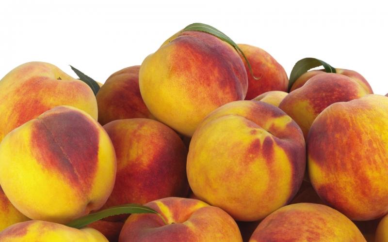 18 тонн испанских персиков не прошли фитасанитарный контроль